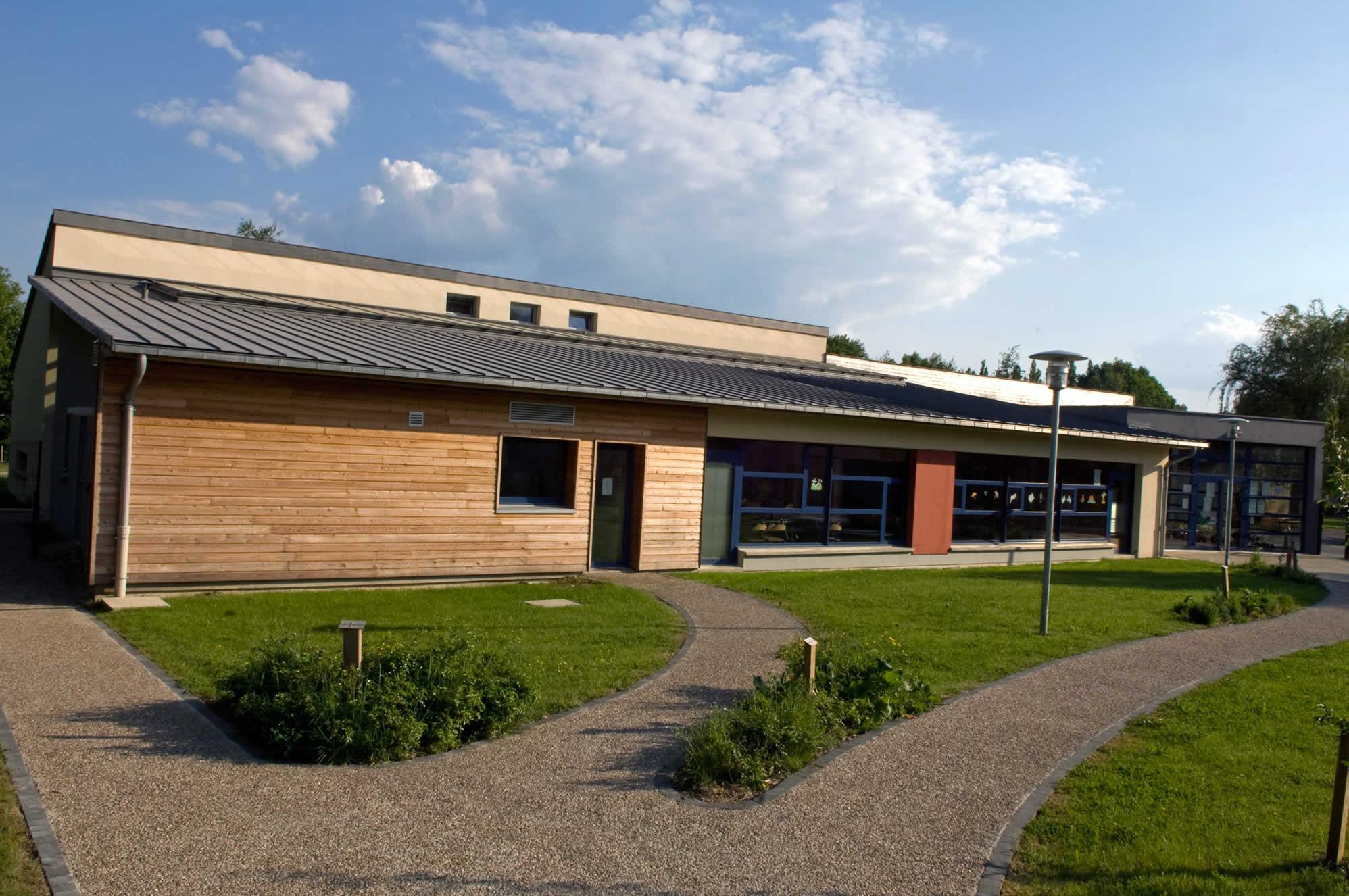 Pôle scolaire de Tournes - AMA Architectes